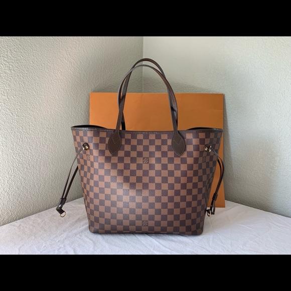 Louis Vuitton Handbags - Sold. Louis Vuitton Neverfull mm Damier Ebene